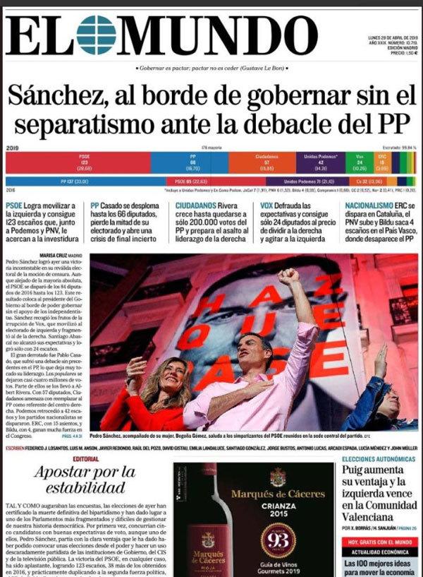 El periódico de Unidad Editorial, en una foto a cuatro muestra a...
