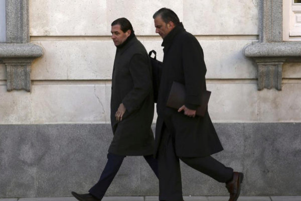 Pedro Fernández y Javier Ortega Smith, letrados de la acusación popular y ahora diputados.
