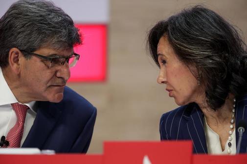 La presidenta del Banco Santander Ana Patricia Botin preside la Junta...