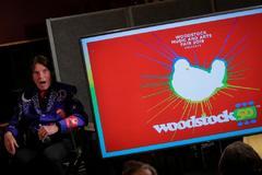 El cantante John Fogerty en el acto de de presentación del concierto del 50 aniversario de Woodstock en Nueva York.