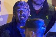 Bernardo Montoya sale detenido del juzgado para ingresar en prisión, el pasado diciembre.
