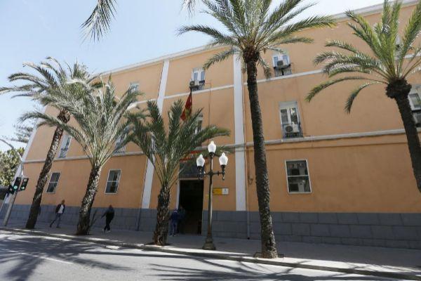 Las instalaciones de la Comandancia de la Guardia Civil en Alicante, en la calle San Vicente.