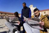 Internos de la prisión de Burgos leen el periódico 'La Voz del Patio'