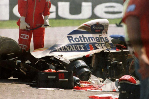 El Williams de Ayrton Senna, tras el accidente en Imola.