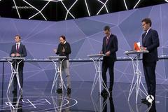 De izda. a dcha.Pablo Casado, Pablo Iglesias, Pedro Sánchez y Albert Rivera en el debate de RTVE previo al 28-A.