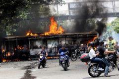 Guaidó llama a los venezolanos a salir de nuevo a la calle contra Maduro