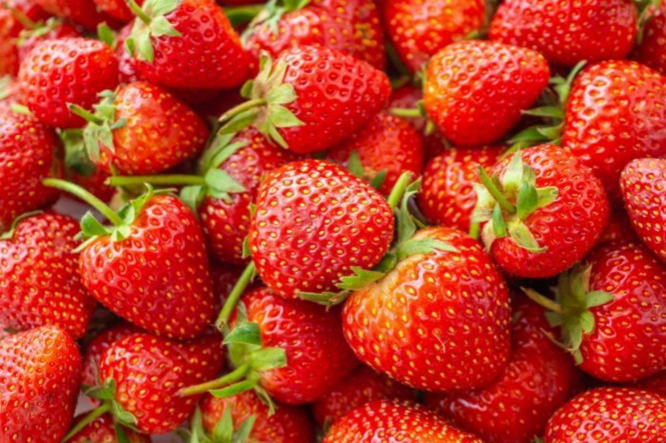 Más del 90% de las fresas analizadas en el informe del Environmental...