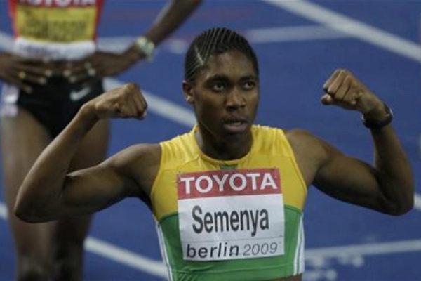 Caster Semenya tras el oro en 800 metros en el Mundial de 2009.