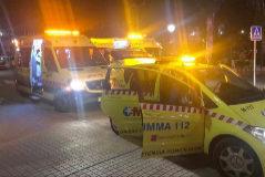 Varias ambulancias, en Cobeña.