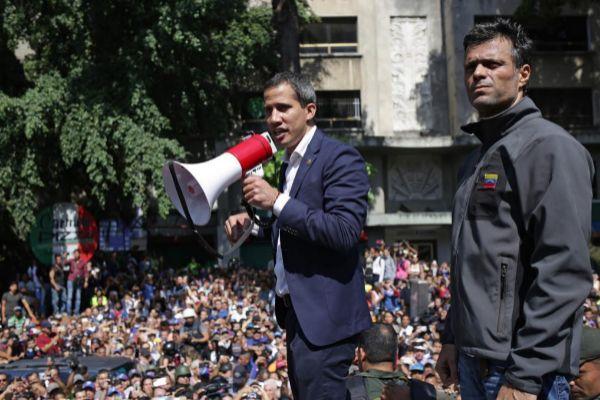 Juan Guaidó y Leopoldo López durante una manifestación.