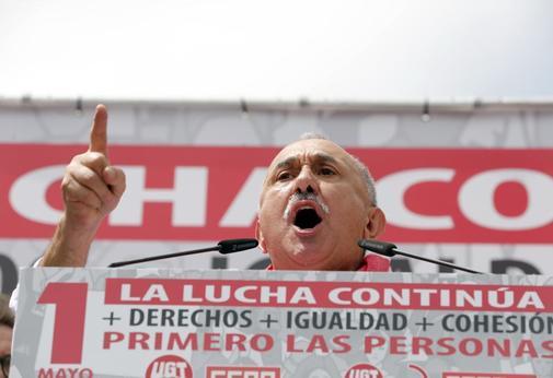 El líder de UGT, Pepe Álvarez, ayer durante su discurso tras la manifestación del 1 de mayo.