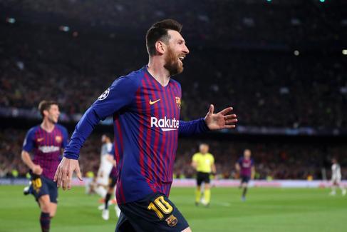 En directo (3-0): obra de arte de Messi y al palo Salah