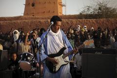 Bombino, durante una actuación en Agadez (Níger).