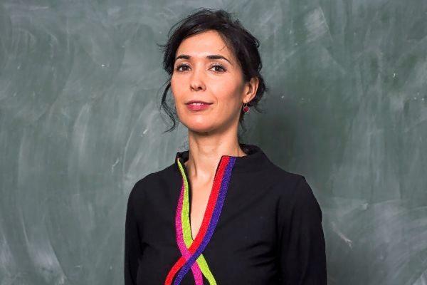 La escritora Edurne Portela volvió a España en 2016 tras dos décadas de carrera universitaria en Estados Unidos.