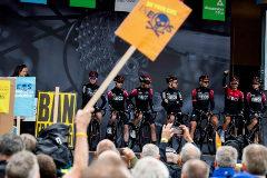 Protestas contra el nuevo patrocinador del equipo de Chris Froome