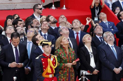Representantes públicos durante el acto del 2 de mayo.