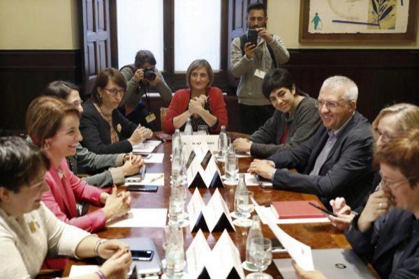 GRAFCAT8149. BARCELONA.- La consellera de Salud de la Generalitat,...