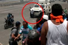 """Superviviente venezolano: """"Me giré y vi la tanqueta hacia mí"""""""