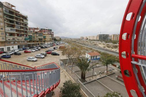 Una de las zonas que se urbanizará para construir el gran parque central, al lado del conocido como Puente Rojo.