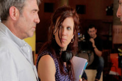 El actor Sergi López y la directora Neus Ballús durante el rodaje de 'Staff Only'.