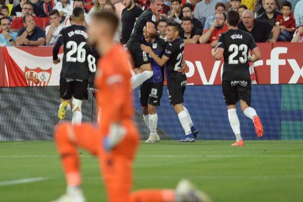 Braithwaite festeja el 0-2 del Leganés en el Pizjuán.