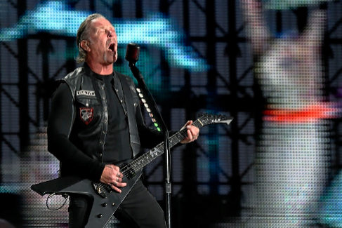 James Hetfield, este viernes, en el concierto de Metallica en Madrid.