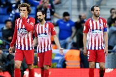 BARCELONA, SPAIN - MAY 04: Club <HIT>Atletico</HIT> de Madrid players look dejected after seeing their side concede a third goal during the La Liga match between RCD Espanyol and Club <HIT>Atletico</HIT> de Madrid at RCDE Stadium on May 04, 2019 in Barcelona, Spain. (Photo by Alex Caparros/Getty Images)