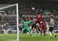 Origi, en el remate del último gol del Liverpool