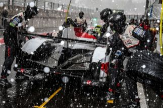 """Alonso: """"Una de las carreras más locas de mi vida"""""""