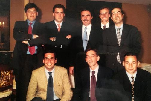 Integrantes del PP vasco en el inicio de los 2000 junto al entonces...