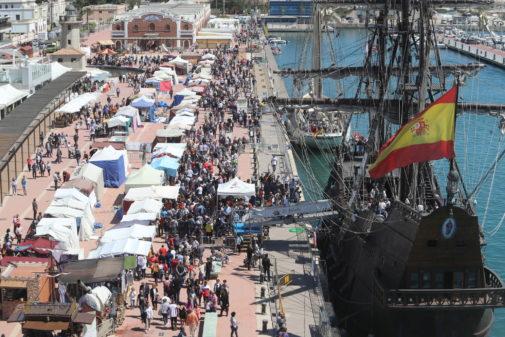 La segunda edición de Escala a Castelló reunió a cientos de visitantes en el Grao.