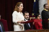 Ana Pastor, junto a los Reyes, en la celebración del 40 aniversario de la Constitución.