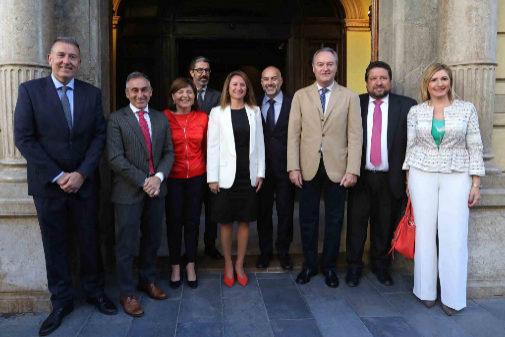 La candidata del PP a la Alcaldía de Castellón ha recibido el apoyo de los dirigentes del partido.