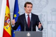 Pablo Casado, en rueda de prensa en Moncloa tras reunirse con Pedro Sánchez.