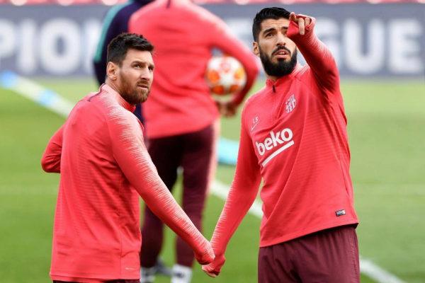 Luis Suárez y Messi, en el entrenamiento del Barcelona en Anfield.