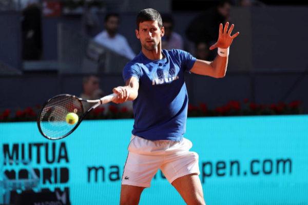 Novak Djokovic, durante un entrenamiento en Madrid.
