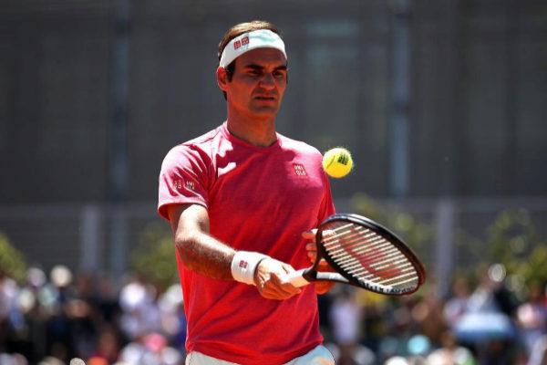 Federer, durante un entrenamiento en la Caja Mágica.
