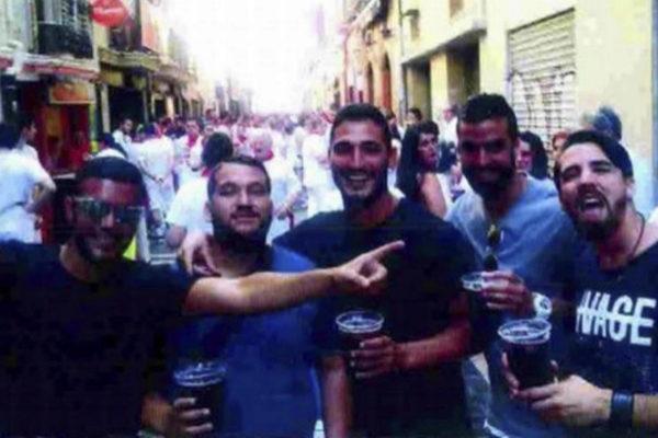 Los cinco miembros de La Manada, en los Sanfermines.