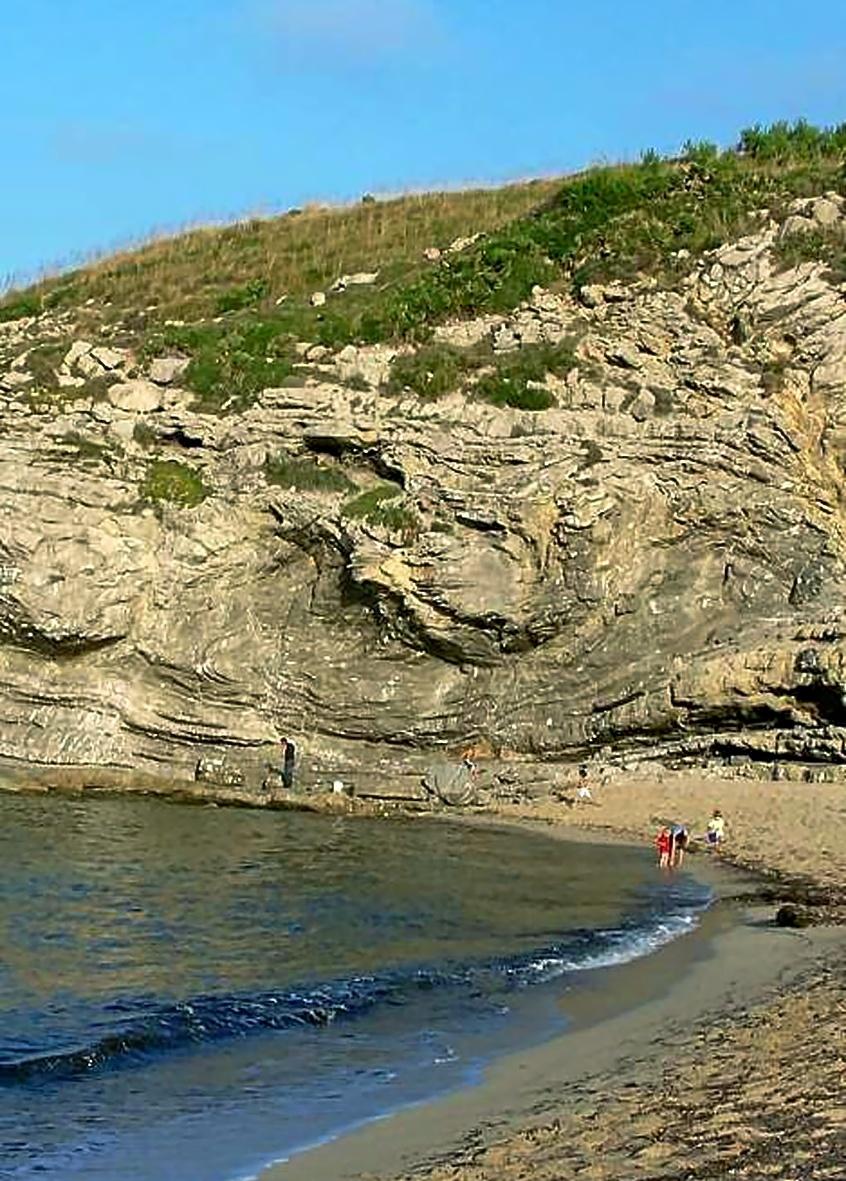El 'slump' de Cala Torta, inicio del itinerario de Geolodía en Mallorca,
