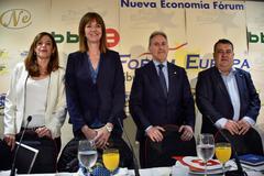 Maider Etxebaria, Idoia Mendia, Alfonso Gil y Ernesto Gasco.