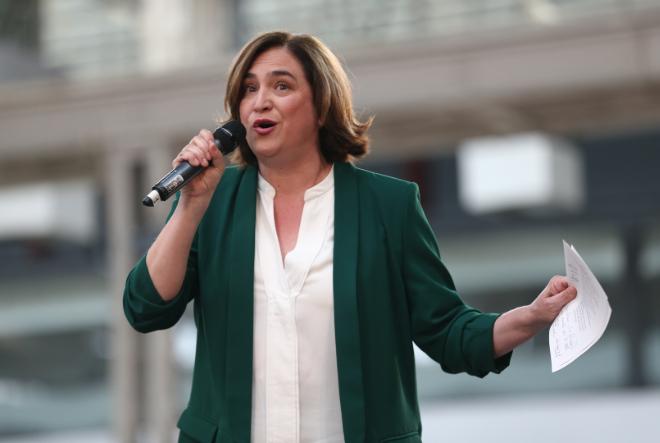 "Ada Colau en el evento ""Guanyem per Avancar"" en Barcelona, abril de..."