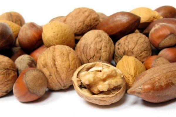 Tomar frutos secos en el embarazo se relaciona con un mejor desarrollo neuropsicológico del bebé