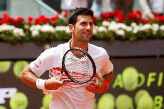 Plácido estreno de Djokovic ante Fritz