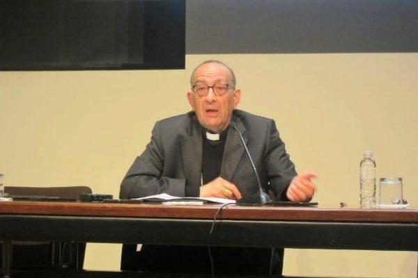 El cardenal J.J.<HIT>Omella</HIT>