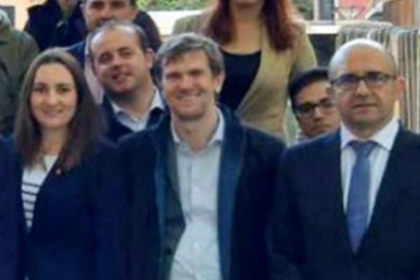 Alejandro Valdivia, en el centro de la imagen, es el responsable de Estrategia de Ciudadanos.