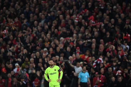 Messi, durante el partido en Anfield.