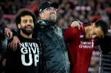 EPA6986. LIVERPOOL (REINO UNIDO).- (i-d) Mohamed <HIT>Salah</HIT> del Liverpool, el entrenador Juergen Klopp y Virgil van Dijk celebran después de ganar la semifinal de la UEFA Champions League partido de fútbol de la segunda etapa, este martes en el estadio Anfield de Liverpool (Reino Unido).