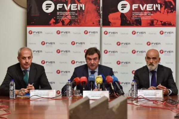 En el centro, el presidente de FVEM, José Luis López Gil.