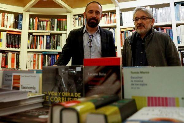 Itxaso y Castells en la presentación del programa socialista de memoria.