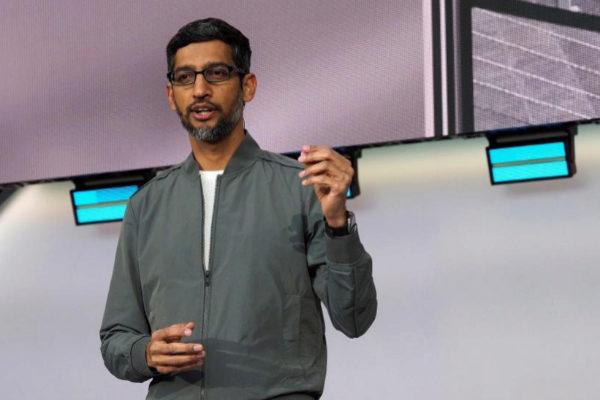 """El CEO de Google ataca a Apple: """"la privacidad no puede ser un lujo"""""""